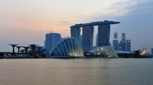 The spectacular Marina Bay Sands Hotel in Singapore has become one of the city's landmarks. The KuDeTa bar at the top is one of the best places to enjoy dizzying views and a Singapore Sling.